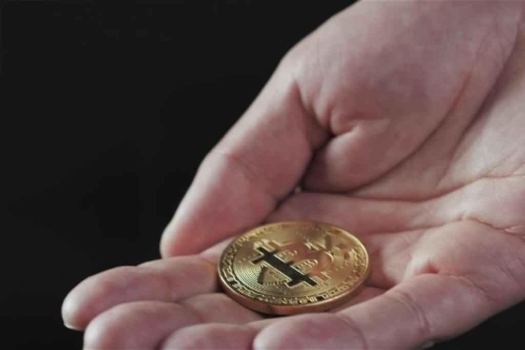 """Ünlü Yazardan """"Çok Konuşulacak, Ezber Bozan"""" Bitcoin Tahminleri!"""
