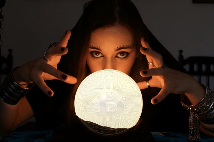 Birçok Tahmini Tutan Analistten Bitcoin Tahmini: 12 Ay ve 240.000 Dolar!