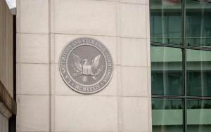 SEC Üyesinden Açıklama: Kripto Alanında Net Bir Düzenleme Gerekiyor