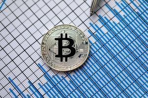 ecb yonetim kurulu uyesinden bitcoin aciklamasi