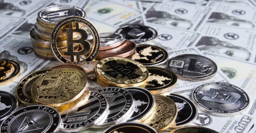 Ünlü Ekonomistten Çılgın Bitcoin ve Altcoin Tahmini: 100x!