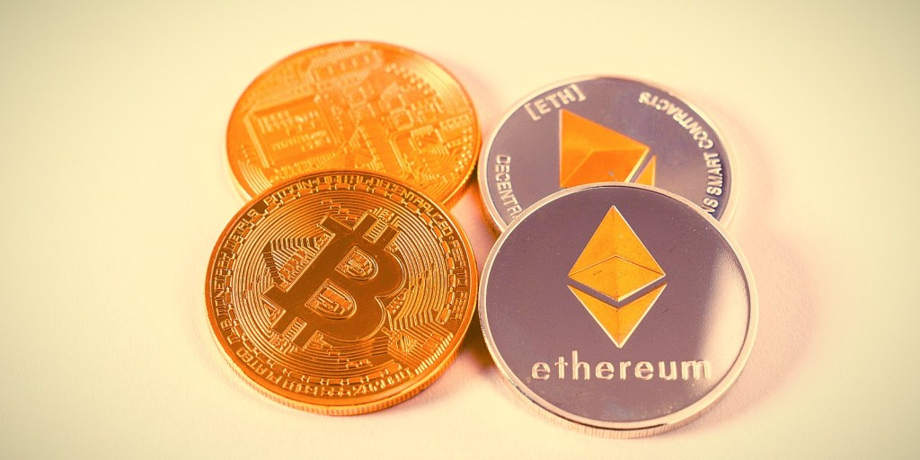 Ünlü Uzman Uyardı: SEC, Bitcoin ve Ethereum'un Geleceğini Tehlikeye Atıyor