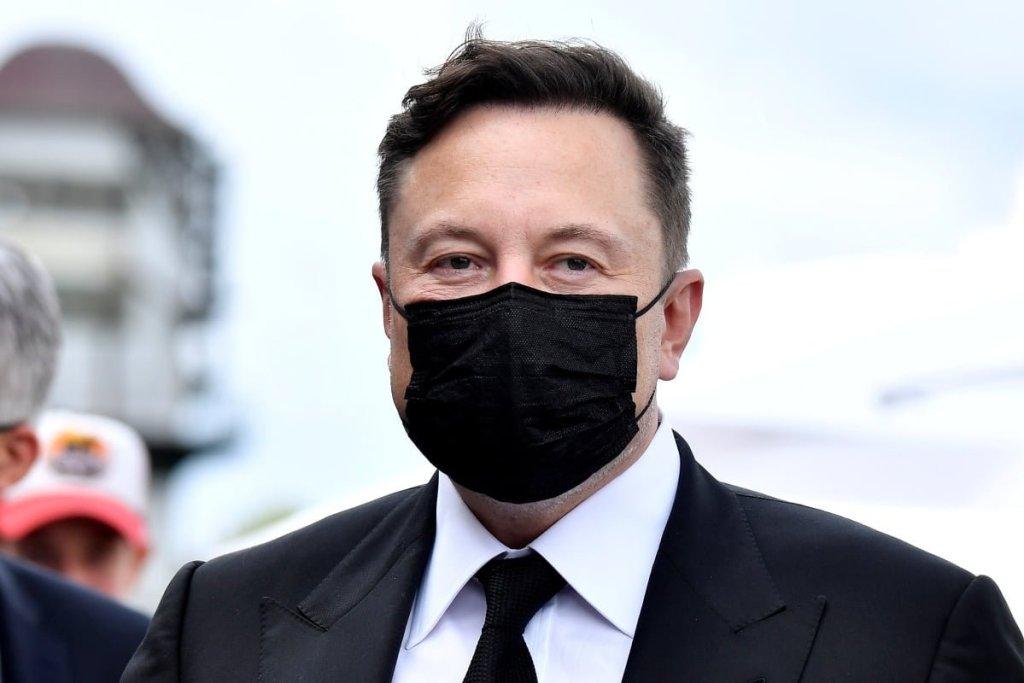 Elon Musk Durmuyor: Bitcoin'i Dump'layan Sözlere Yenisi Eklendi!