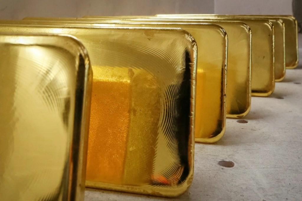 2 Analist: Altın Fiyatı Yakında Bu Seviyelere Kayabilir!