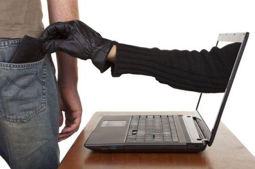 Як шахраї крадуть біткоіни