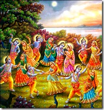 gopis dancing with Krishna