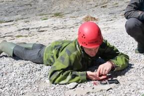 ... bet ģeologs Aigars - ar kompasu.