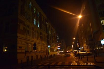 Varšavas centrā, netālu no Nowy Świat