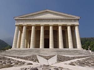 Possagno_Canova-Tempel