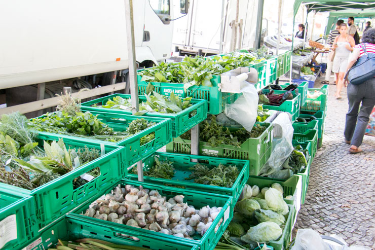 shop sustainable on a local farmers market - leafy greens
