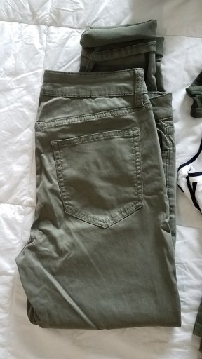 daily ritual army green skinny pants from amazon prime wardrobe