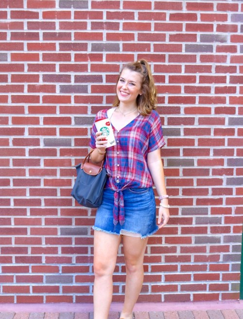 Affordable College Fashion - Easy Fall Outfit Ideas - KristenShane.com