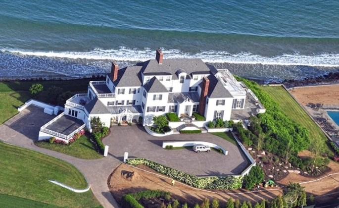 Taylor Swift's House in Rhode Island