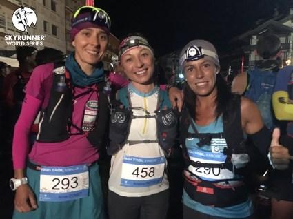 Anna Comet, Kristina Pattison, Gemma Arenas at the start. Photo: Ian Corless