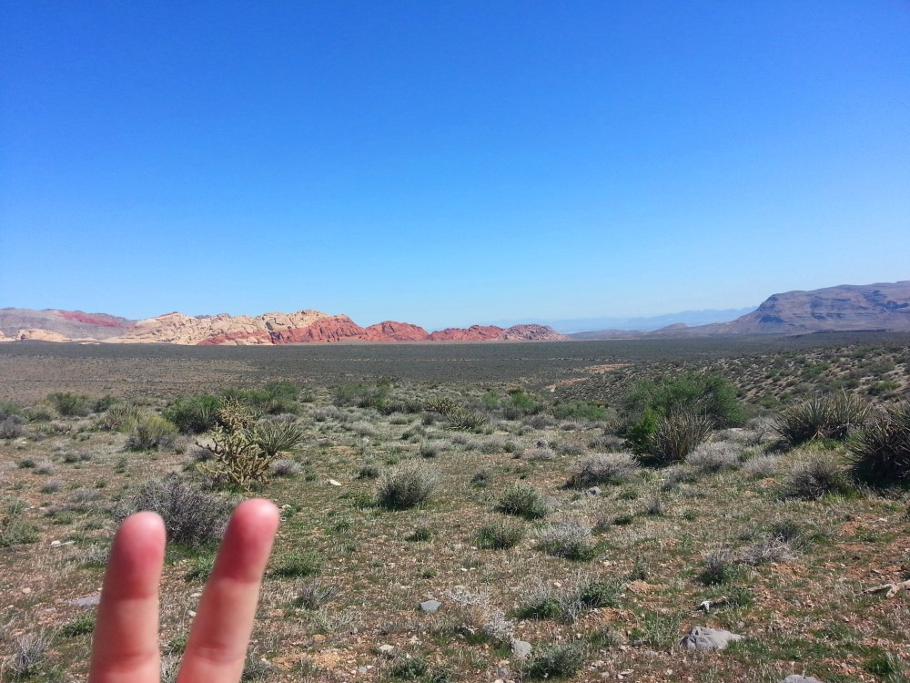 1st Time Solo Hiking Red Rock's Moenkopi Trail & Accidentally Beyond! (NV) (4/6)