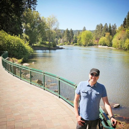 Mike in front of deschutes river and mirror pond