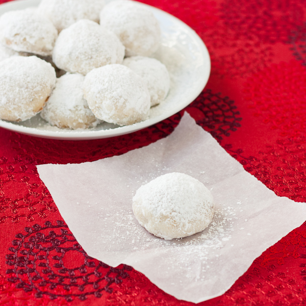 Butter Snowball holiday cookies