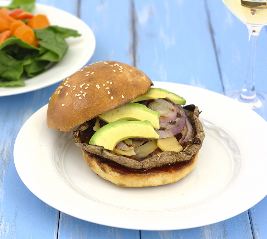 BBQ Grilled Portabello Sandwiches- who knew a veggie burger could be so good? | Kristine's Kitchen