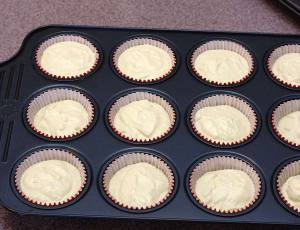 Cranberry Swirl Cheesecake Cupcakes | Kristine's Kitchen