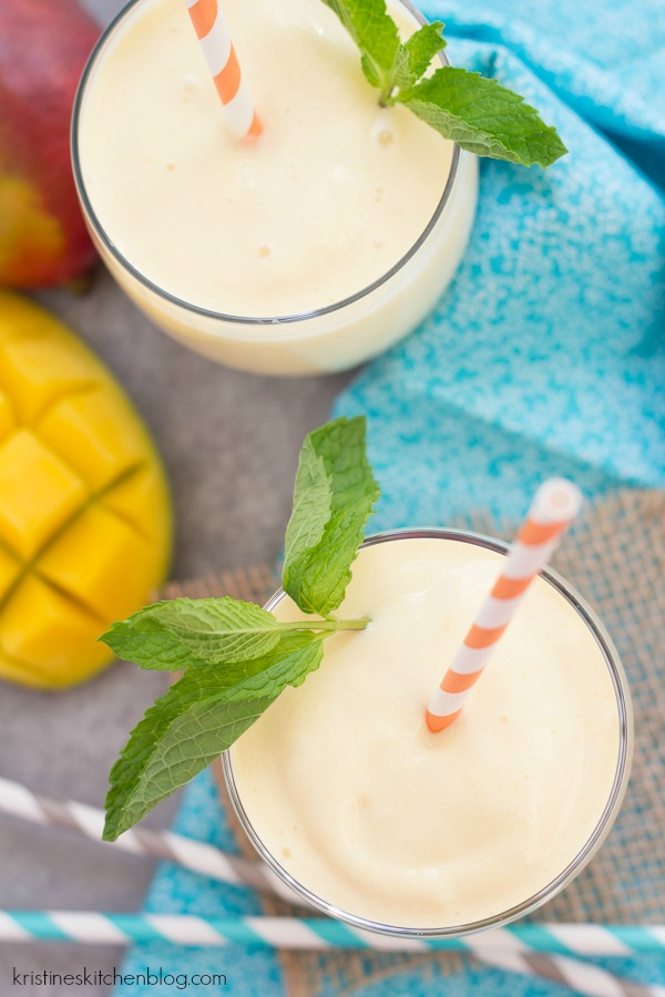 Creamy, Dreamy Mango Smoothie. Only 4 ingredients in this healthy smoothie!