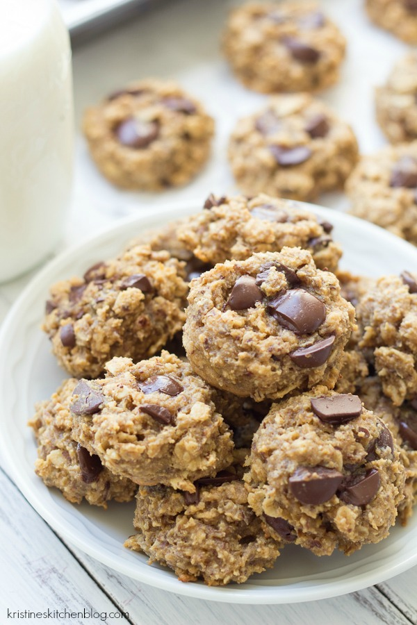 Healthy peanut butter cookies on a plate.