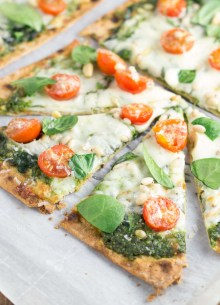 Spinach Pesto Pizza with Kale on crispy flatbread