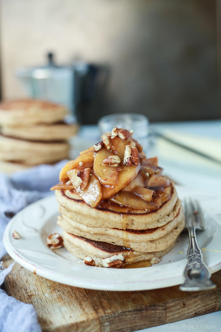 Fluffy-Whole-Wheat-Pancakes-with-Cinnamon-Apple-Compote-4