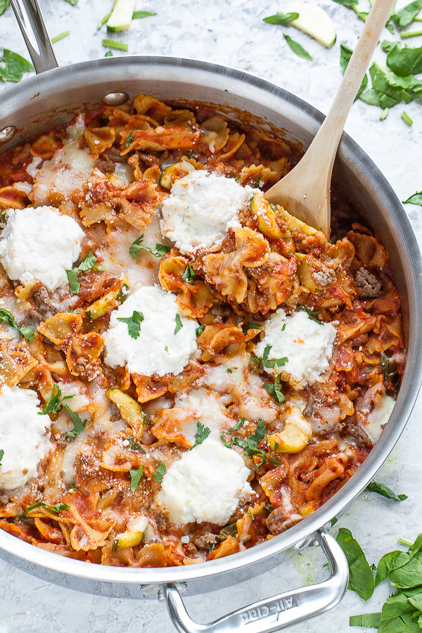 30-Minutes-for-this-Easy-Skinny-Skillet-Lasagna-made-entirely-in-just-one-pan-3