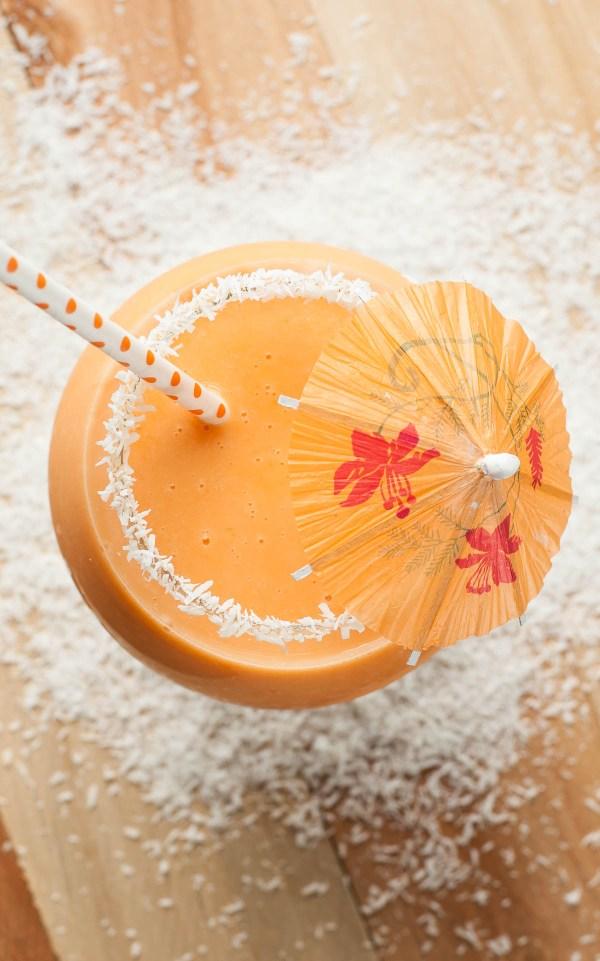 tropical-pineapple-carrot-smoothie-recipe-coconut-almond-milk-2-4588