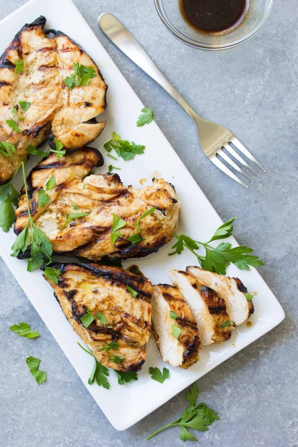 Our BEST grilled chicken recipe! Honey Dijon Grilled Chicken with an easy marinade is so full of flavor! | www.kristineskitchenblog.com