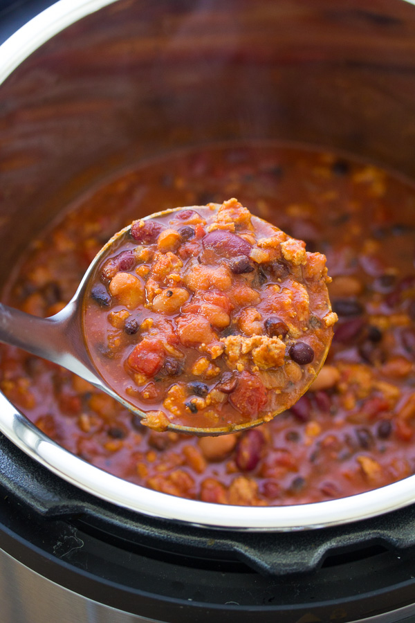 This Healthy Turkey Chili Recipe can be made on the stove top, or in your slow cooker or Instant Pot! Everyone who tries it says this is the best turkey chili!