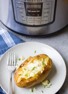 Easy Instant Pot Baked Potatoes Recipe. How to cook baked potatoes in your pressure cooker. How to make baked potatoes with crispy skins.