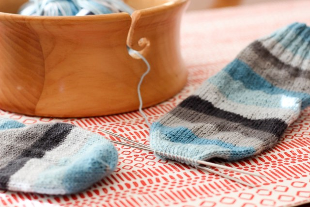 I love a good sock knitting project