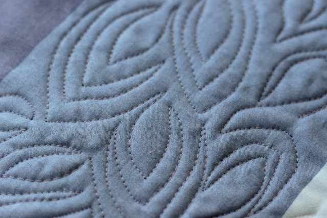 Leafy Meander quilting from Free Motion Meandering