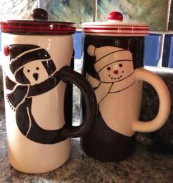 Two snowmen mugs