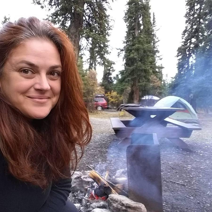 Setting up a camp fire #campfire #solocamping #denalinp #alaska #camping #campingtips