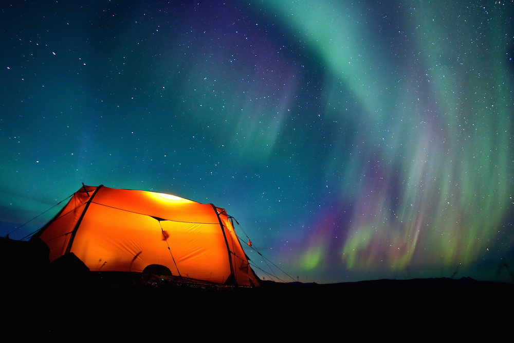 Camping in Alaska under the Northern Lights #alaska #camping #northernlights #aurora #auroraborealis