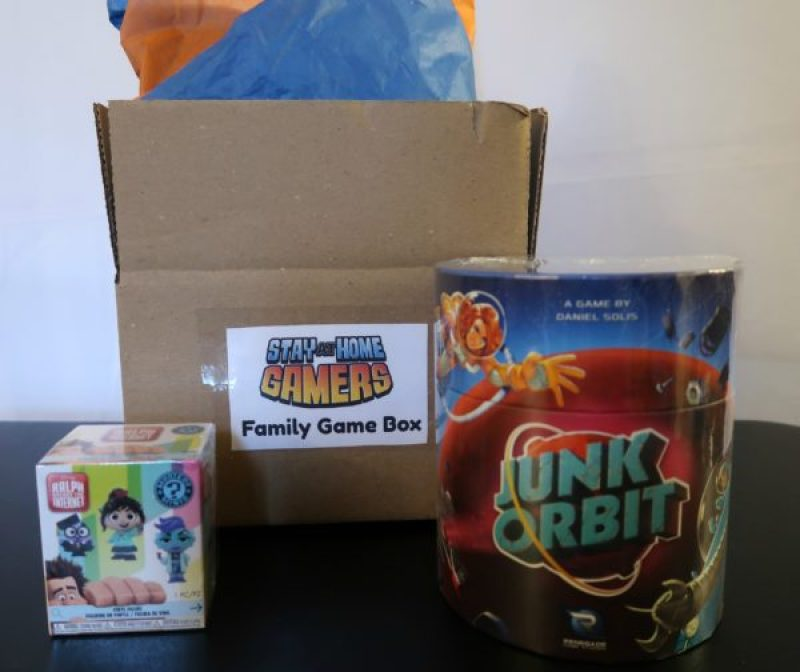 Out of This World Family Game Box #subscriptionbox #familygamenight