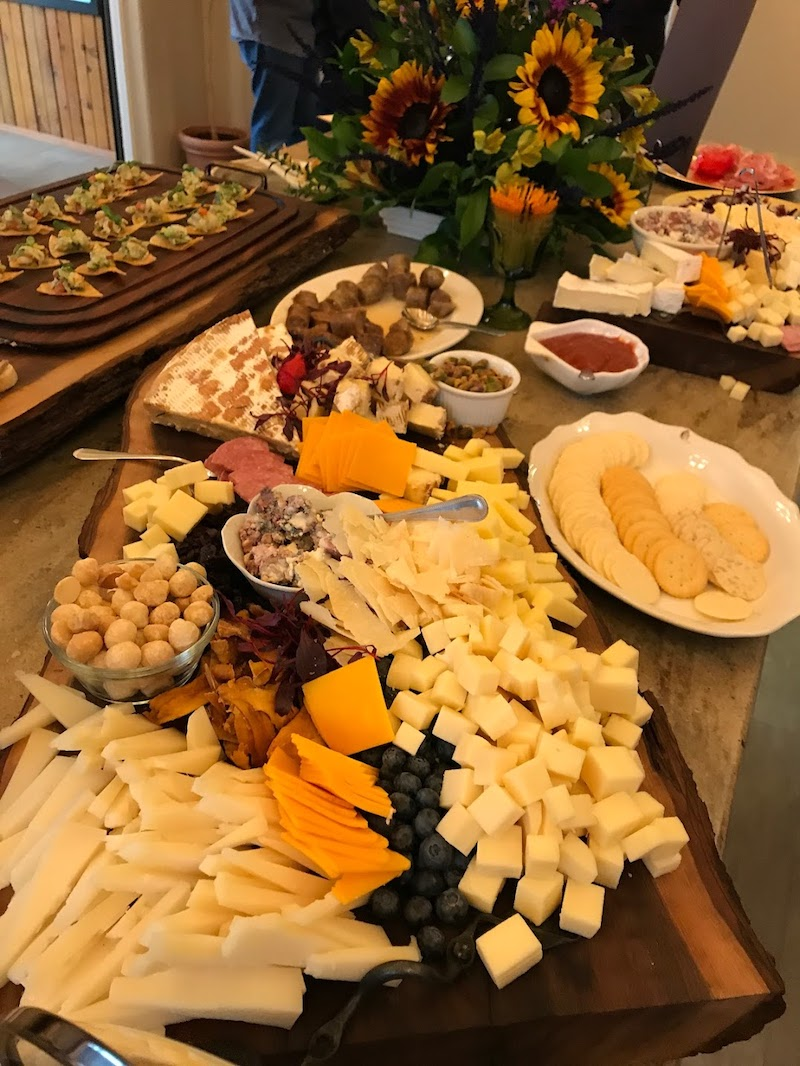 Appetizers at Bear Trail Lodge #lodgereview #alaskalodge #alaska