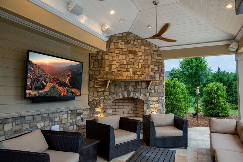Outdoor TV that is perfect for your outdoor living space