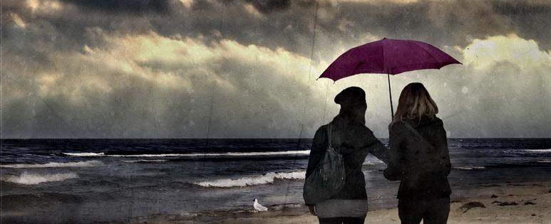 friends-umbrella-horizontal
