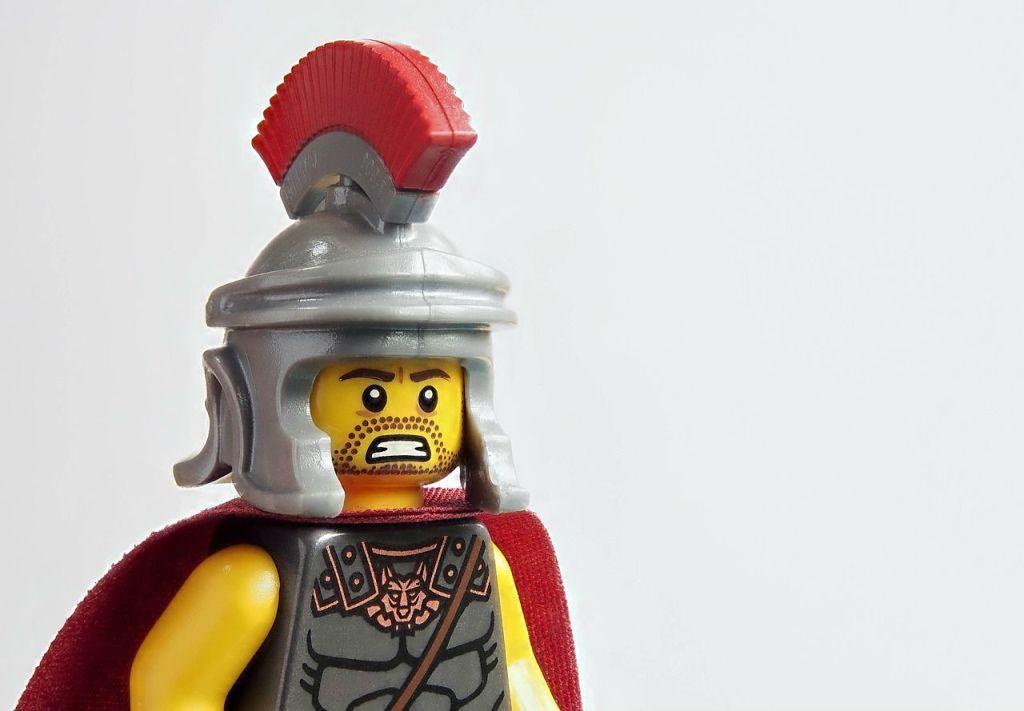 lego-1205178_1280flipped