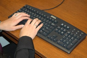 typing - morguefile.com pic