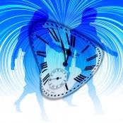 time-travel-couple-746544_1920-pixabay