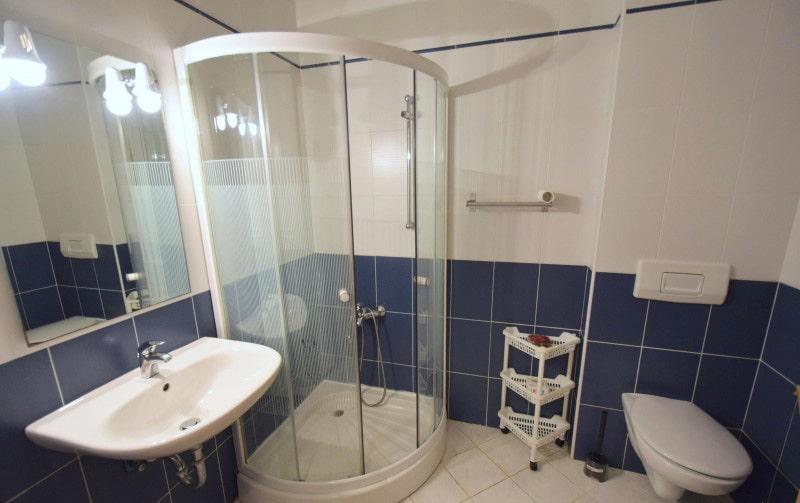 apartman 1 kupaona