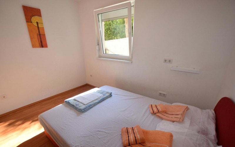 apartman 2 spavaća soba1