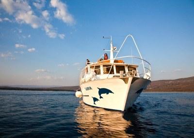 Négy sziget felfedezése nagy hajós túra