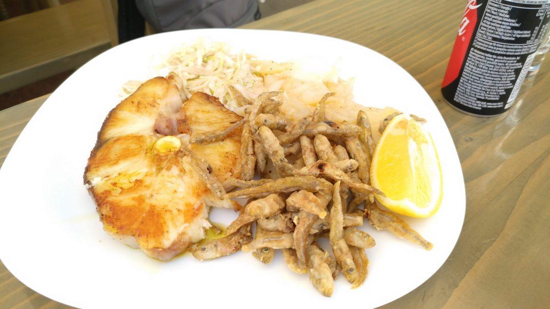 Hal-imádóknak ebéd a szigeten