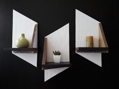"""Étagères murales """"Les obliques"""", en blanc et noir"""