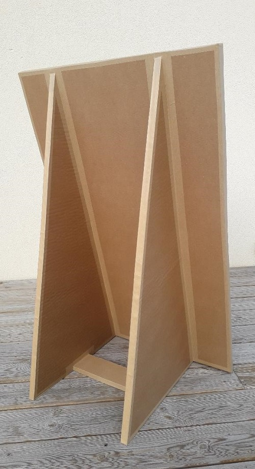 krl commande sur mesure : chevalet en carton